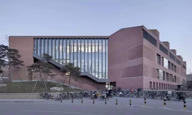 清华大学教师餐厅 / 素朴建筑工作室